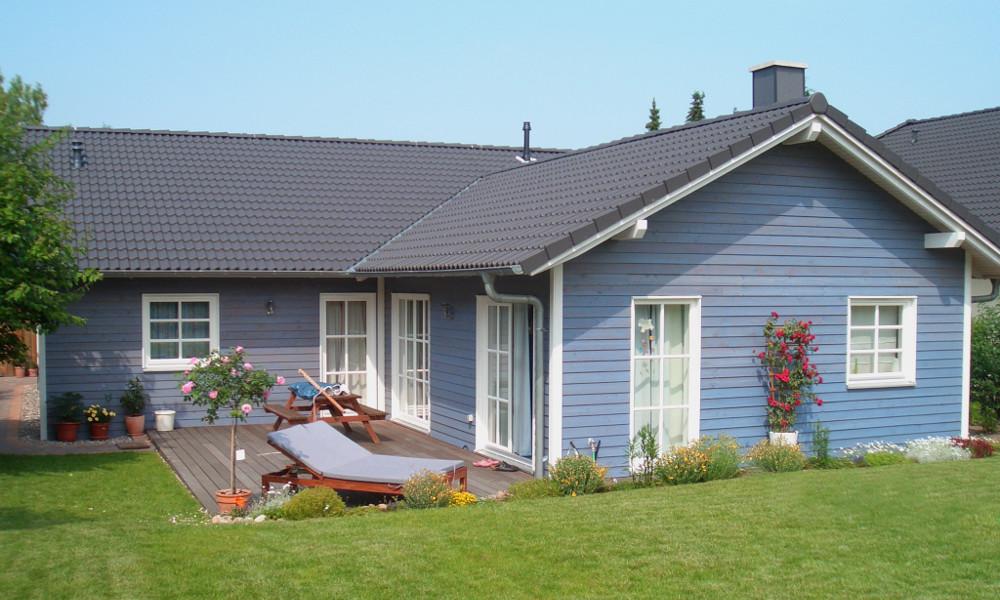 blaues Holzhaus